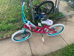 Girl bike for Sale in Burlington, NJ