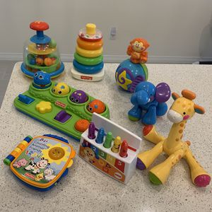 Baby's Toys (8 pieces) for Sale in Katy, TX