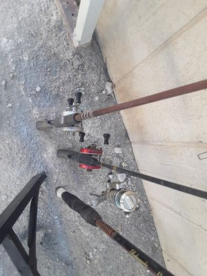 Fishing poles with reels $25-$35 for Sale in Las Vegas, NV