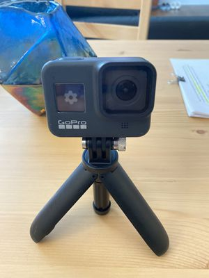 GoPro hero 8 w/ tripod and 32gb memory card for Sale in Morristown, NJ