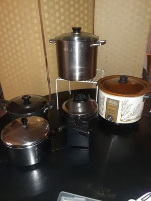 Kitchen Large Pots, Lg 6qt Crocker Watcher Pot, Waffle maker for Sale in Washington, DC