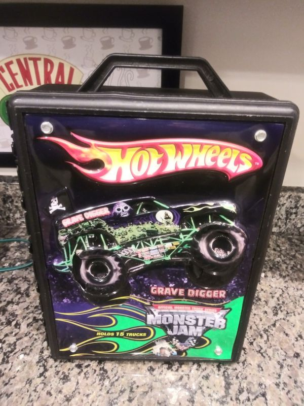 Grave Digger Hot Wheels 15 Carrying case