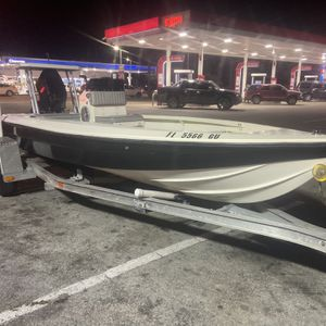 Flats Boat Hoog 17 for Sale in Miami, FL