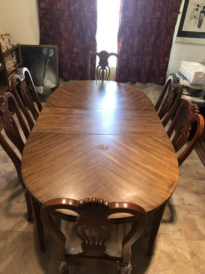 Dining room table and chairs for Sale in Brentwood, CA