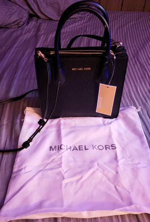 Michael Kors Mercer Messenger Bag handbag purse for Sale in Ontario, CA