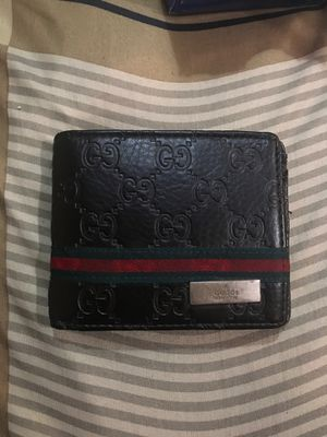 Gucci wallet REAL for Sale in Queens, NY