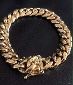 Cuban link bracelet for Sale in Pembroke Pines, FL