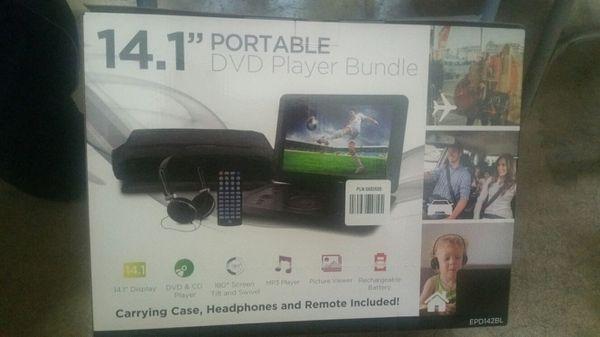 14.1 potable dvd player bundle