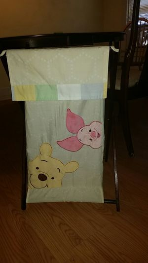 Winnie the Pooh hamper for Sale in Hartford, CT