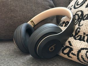 Beats Studio Wireless 3 New Black And Gold Rare Colorway for Sale in Naples, FL