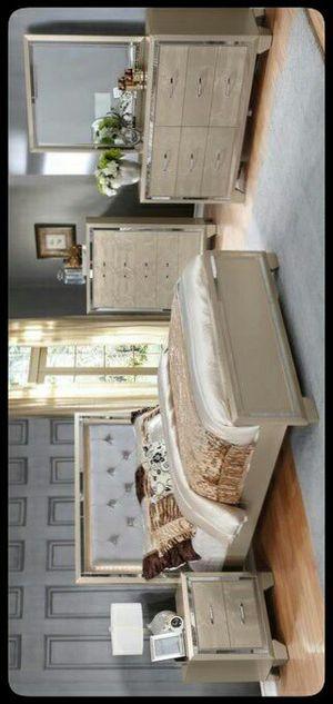 💎GOLD💎 Bianca Metallic Gold Queen/King Bedroom Set for Sale in Bladensburg, MD