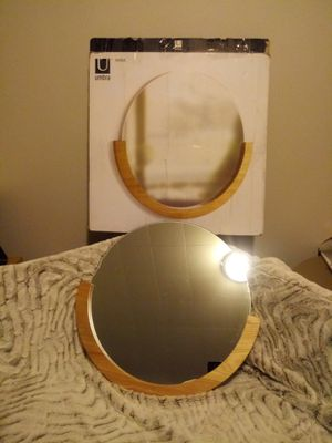 Umbra Mira Wall Mirror for Sale in Columbus, OH