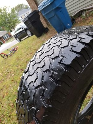 4 BF Goodrich 315/70/R17 for Sale in Virginia Beach, VA