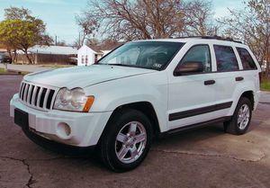 2005 Jeep Grand Cherokee Laredo V6 3.7L for Sale in Grand Rapids, MI