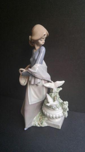 "Lladro Figurine #5416 ""In the Garden"" for Sale in Chicago, IL"