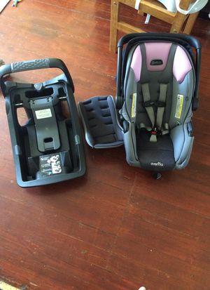 Car seat/carrier for Sale in Yakima, WA