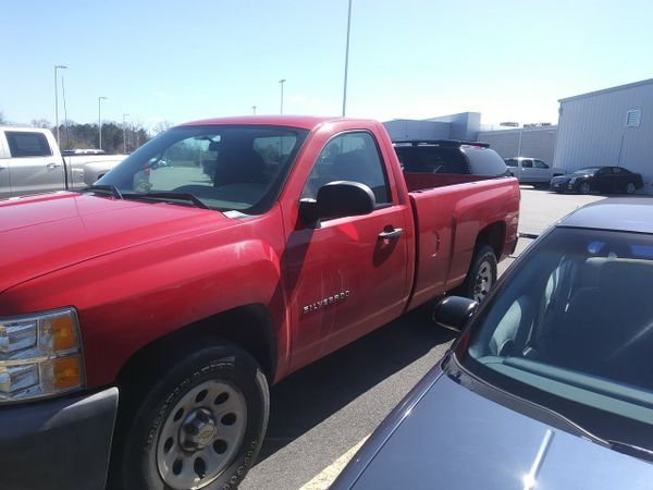 1500 chevy Silverado single cab v6 seized engine asking $3500 or best offer but not too low