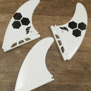 AL MERRICK AM1/AM2 FUTURE THERMOTECH SURFBOARD FINS for Sale in Camp Pendleton North, CA