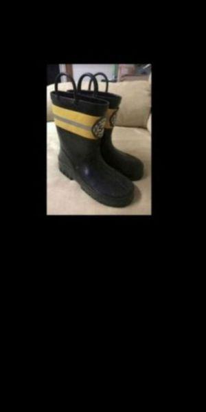 Kids fire rescue rain boots sz 13 for Sale in Olympia, WA