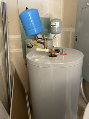50 gallon AO Smith Water Heater for Sale in San Diego, CA