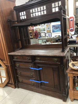 Antique Real Mahogany Wood China Cabinet for Sale in Miami, FL