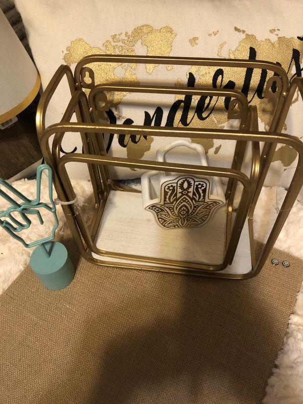 Gold and white nesting metal shelves