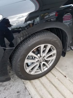 Set of OEM Nissan Wheels and Tires for Pathfinder, Altima, Maxima and some Chrysler vehicles for Sale in Hialeah, FL
