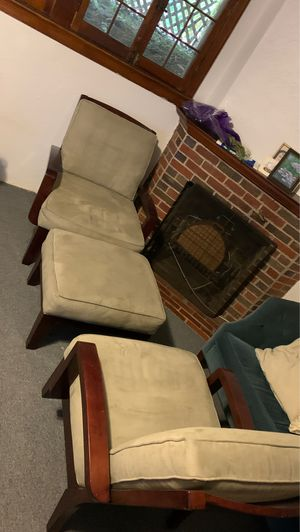 Comfy Chair Set with Footrest for Sale in Washington, DC