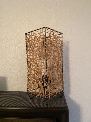 Wicker 12in lamp for Sale in Phoenix, AZ