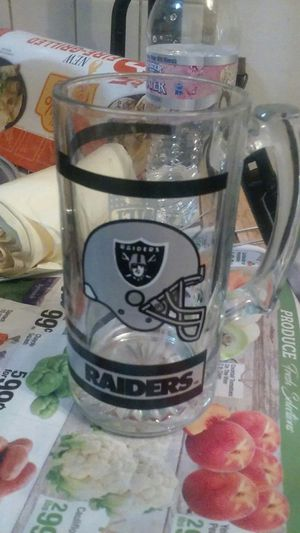 Vintage Raider Glassware for Sale in Pomona, CA