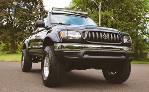 WellMaintained o2Toyota Tacoma LowPrice:$12OO No rust for Sale in Oakland, CA