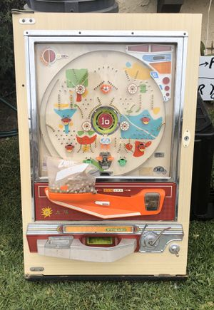 Antique pinball arcade game for Sale in HUNTINGTN BCH, CA