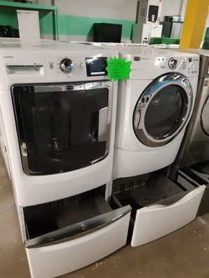MAYTAG FRONT LOAD WASHER AND DRYER SET WITH PEDESTAL WORKING PERFECTLY $499.00 for Sale in Baltimore, MD