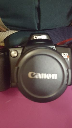 Canon SLR (FILM) Camera for Sale in St. Petersburg, FL