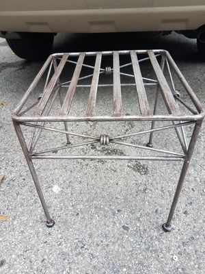 Plant holder for Sale in Arlington Heights, IL