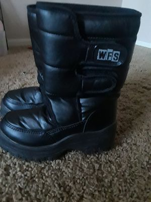 SNOW BOOTS KIDS SZ 1 BLACK for Sale in Surprise, AZ