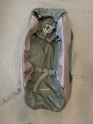 gray Osprey porter 65L travel bag for Sale in Seattle, WA