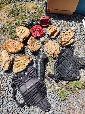Baseball Gloves lot (make offer for Sale in Eatonville, WA