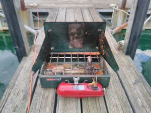 Coleman 425 Camping Stove for Sale in Windsor, ON