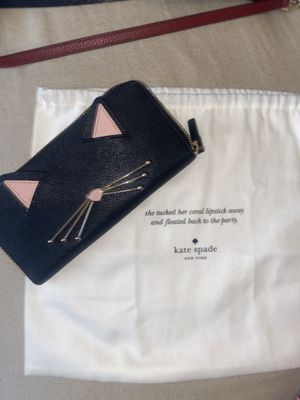 Kate Spade wallet for Sale in Turlock, CA