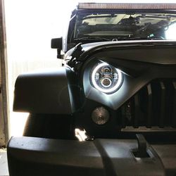 "7"" LED Halo Projector Headlights W/ DRL Halo & Switchback Jeep JL JK Harley Davidson for Sale in Fullerton,  CA"