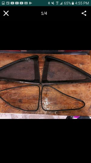 OEM ACURA INTEGRA 1994-2001 REAR QUARTER WINDOWS DC2 DC4 HONDA JAPAN ST7 STANLEY COUPE GLASS for Sale in Moreno Valley, CA