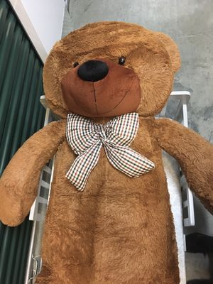 JoyFay Giant Teddy Bear - Great Christmas 🎄 or Valentines Day Gift 💝 for Sale in Fairfax, VA