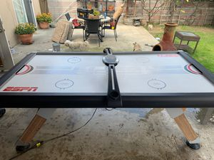 Air hockey table good working condition for Sale in Santa Fe Springs, CA