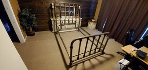 Antique vintage brass bed frame for Sale in MONTGMRY, IL