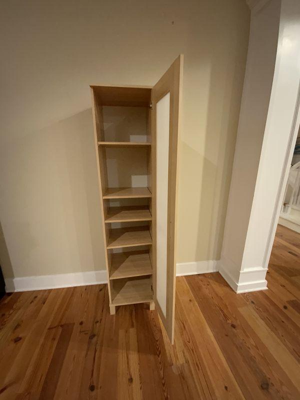 Free storage Cabinet Adjustable Shelves IKEA?