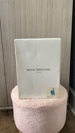 Royal Doulton London for Sale in Cleveland, OH