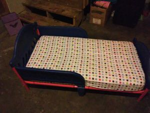 Used cars toddler bed, it's in great condition. for Sale in Walker, MN