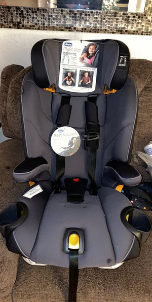 Chicco Car Seat for Sale in Tacoma, WA