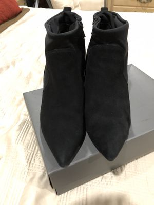 Black suede boots for Sale in Whittier, CA